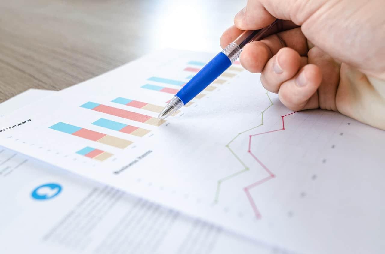Top Customer Metrics Header Image