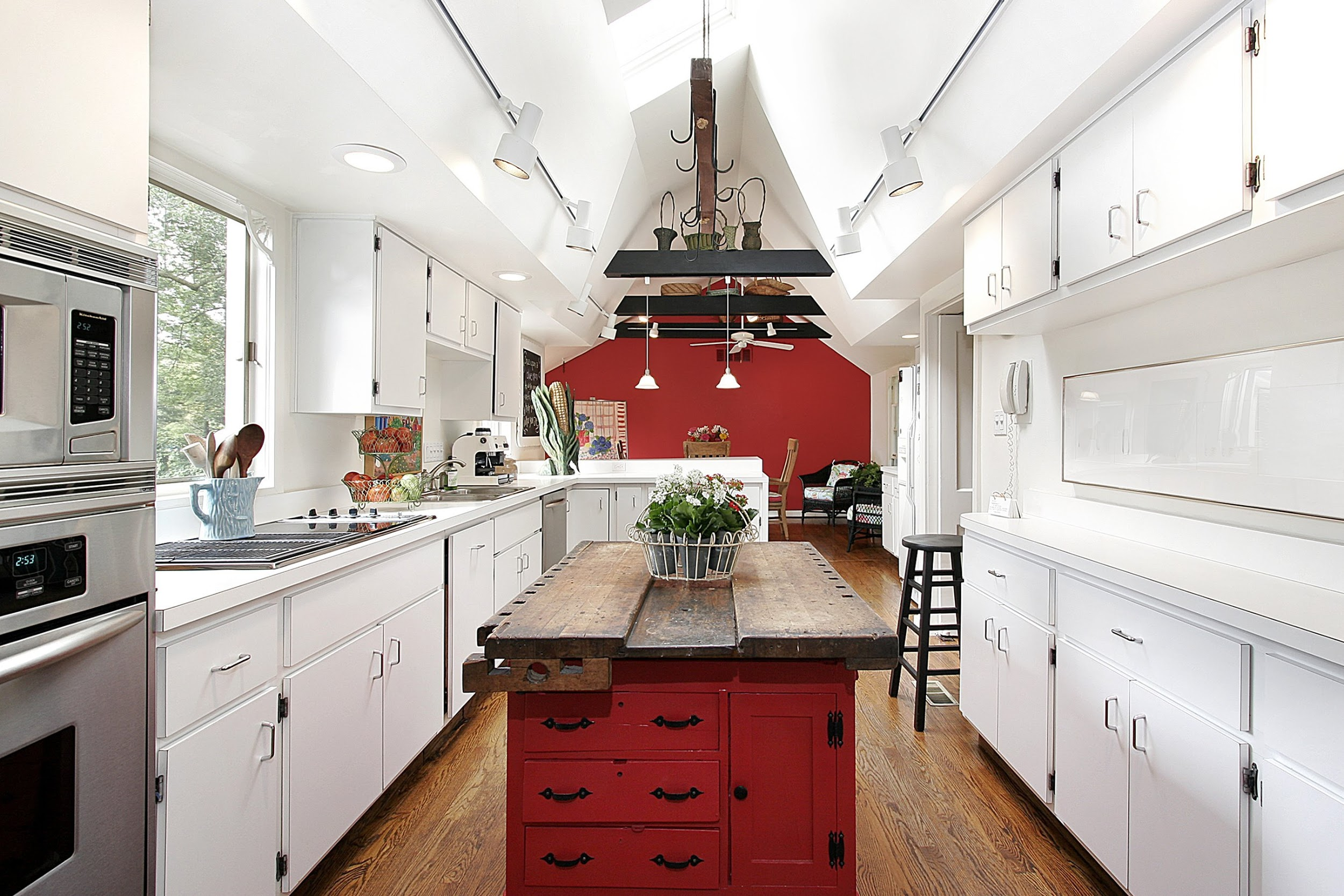 Kitchen Extendable Island Article Image