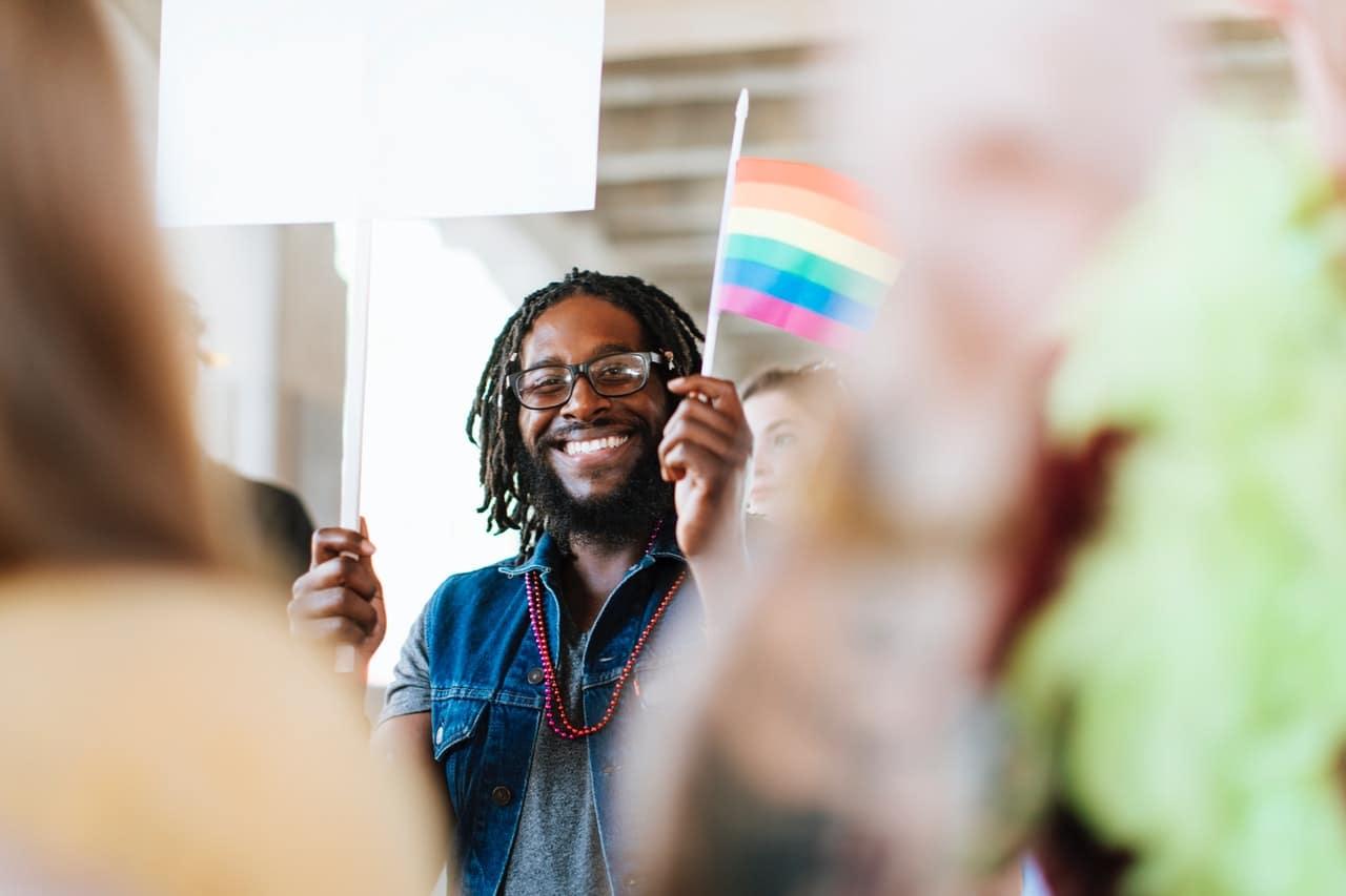 Bisexual Dating Online Header Image