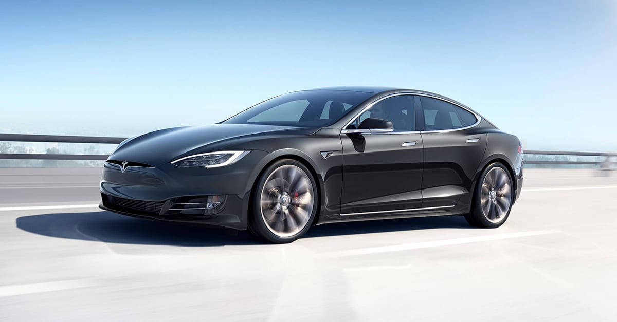 Gasoline vs Electric Car Header Image