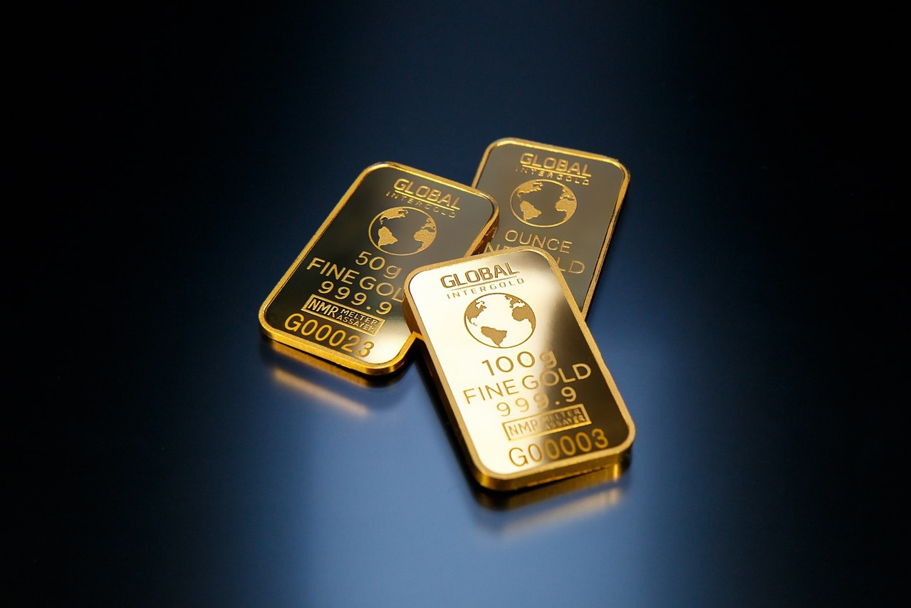 Top 4 Tips Trading Gold Header Image