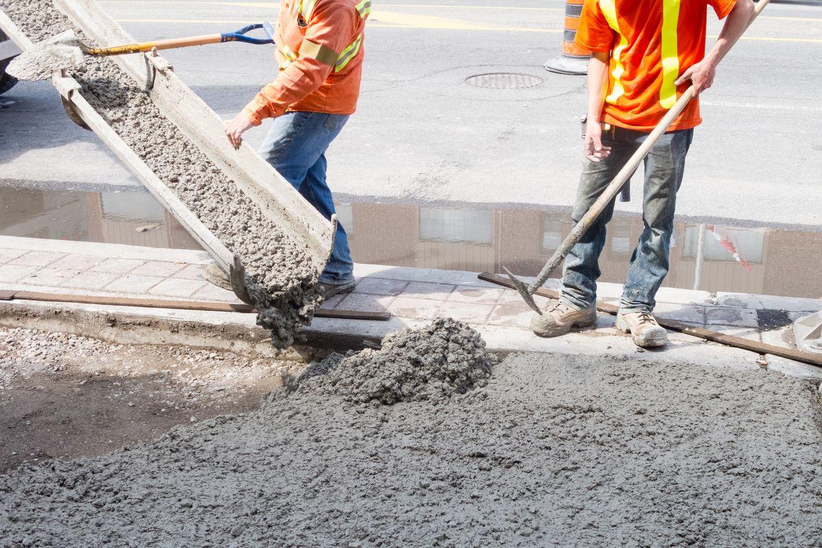 Concrete Contractors Minimize Risk Header Image