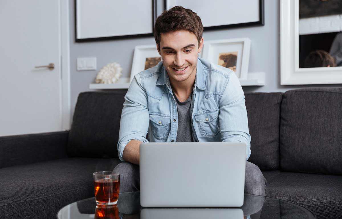 Online Interview Tips Article Image