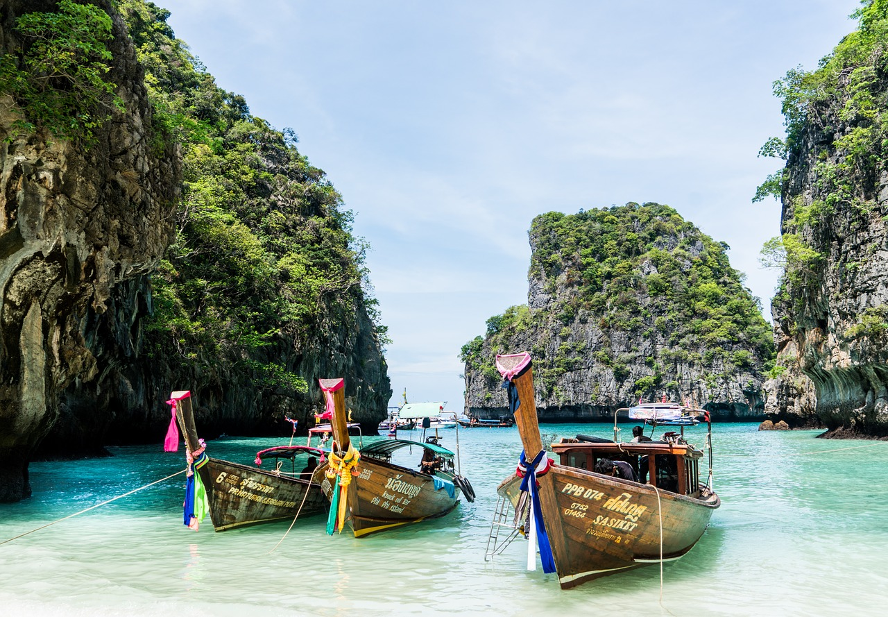 Places You Should Not Miss Out On When You Are Traveling To Thailand