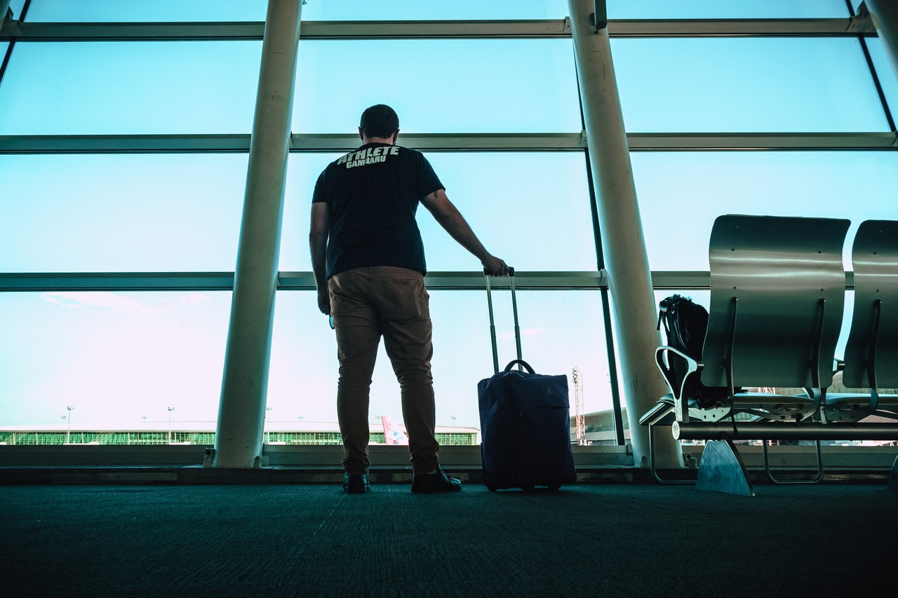 5 Handy Tips For When You're Facing A Flight Delay