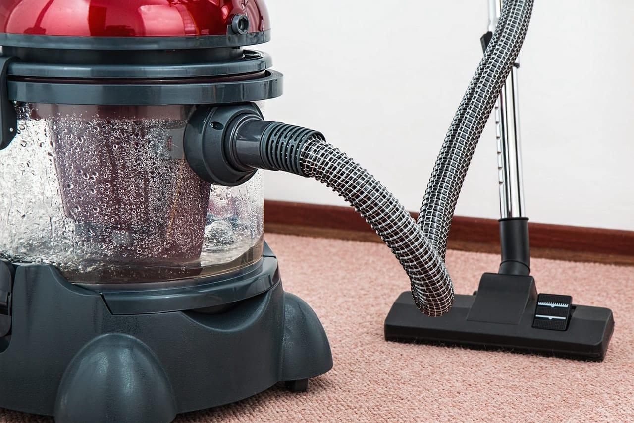 5 Ways Clean Carpet Header Image