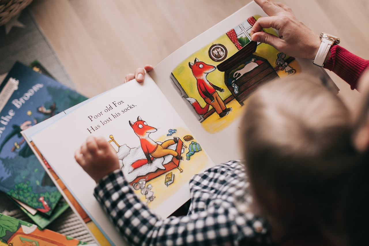 6 Reasons To Encourage Your Kids To Read
