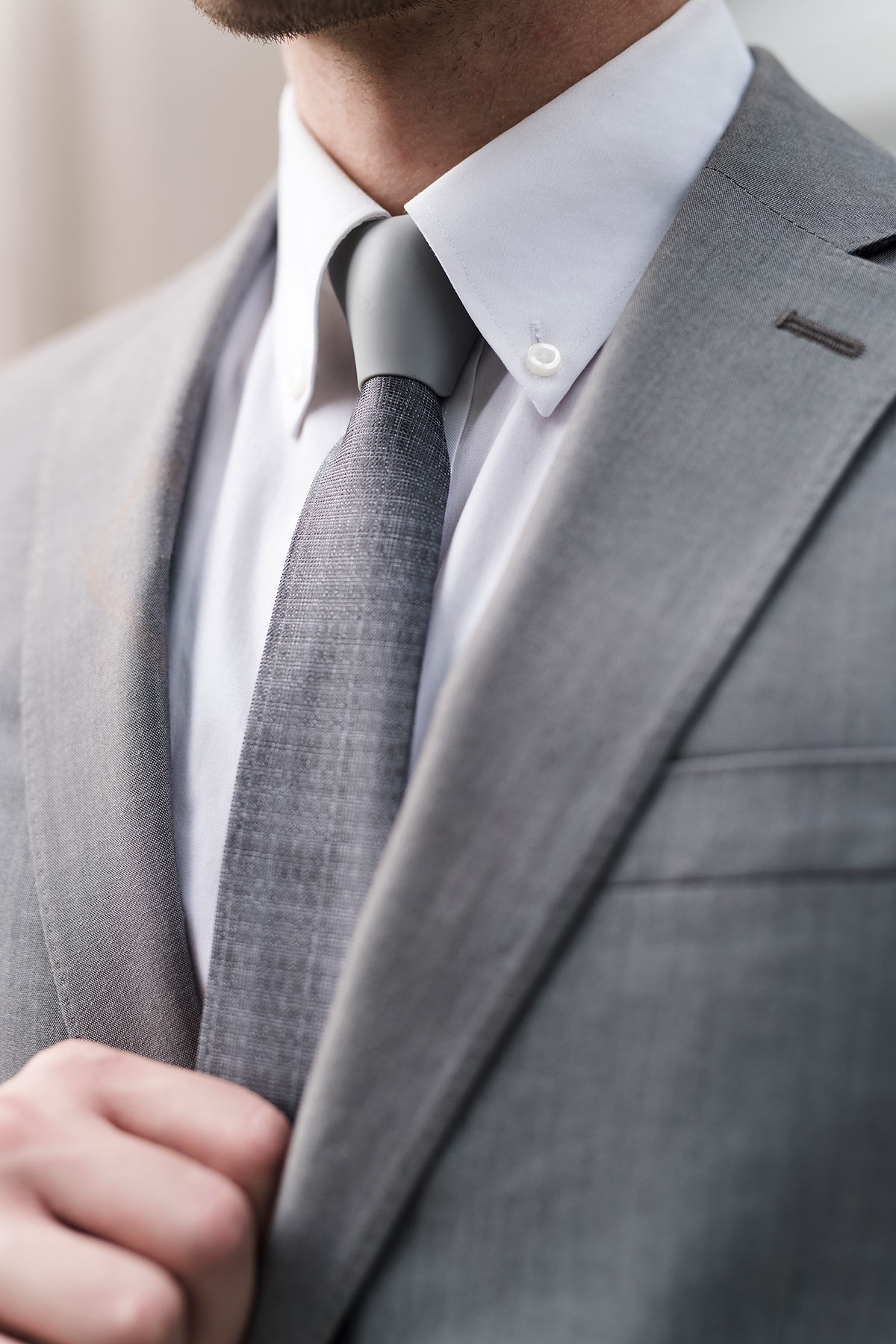 Modern Magnetic Necktie Article Image 3