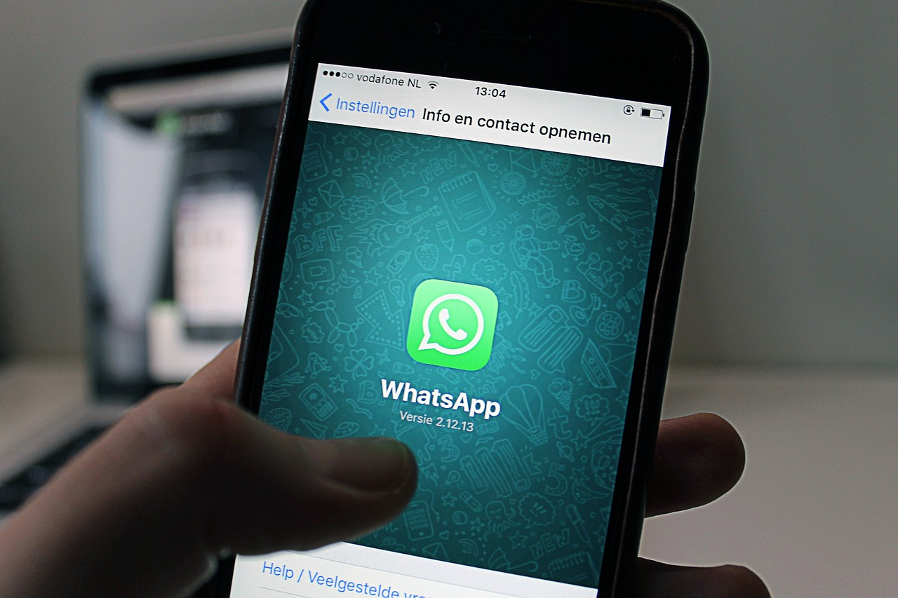 How To Hack WhatsApp Without Them Knowing