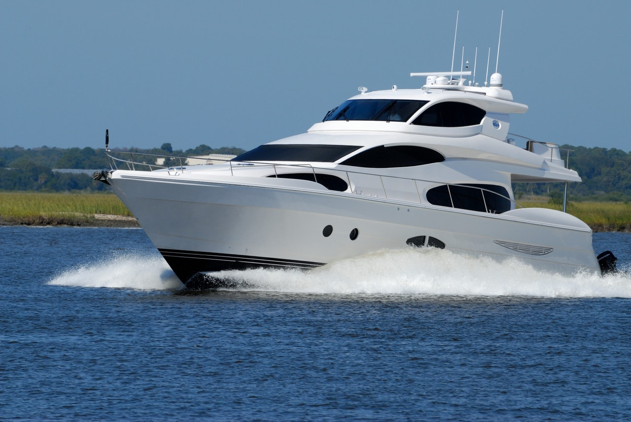 4 Tips For Buying A Yacht