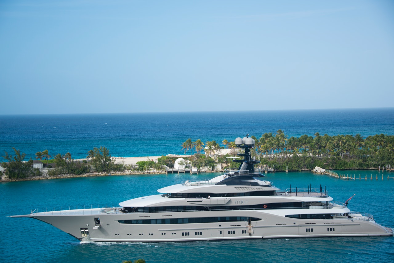Does A Yacht Make A Good Investment?