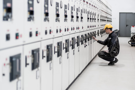 Business Switchgear Tips Header Image