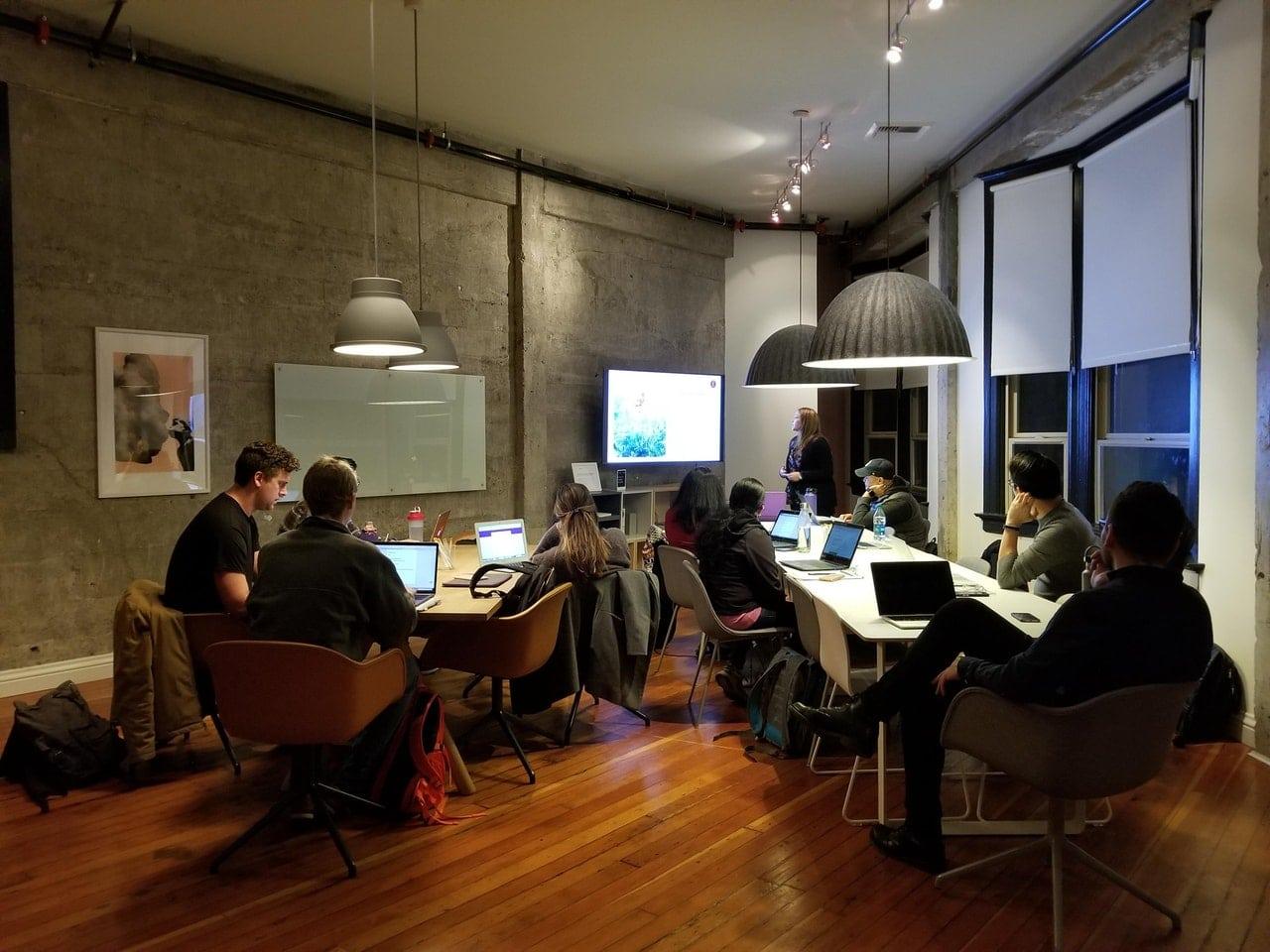 Create Meetings Attend Header Image
