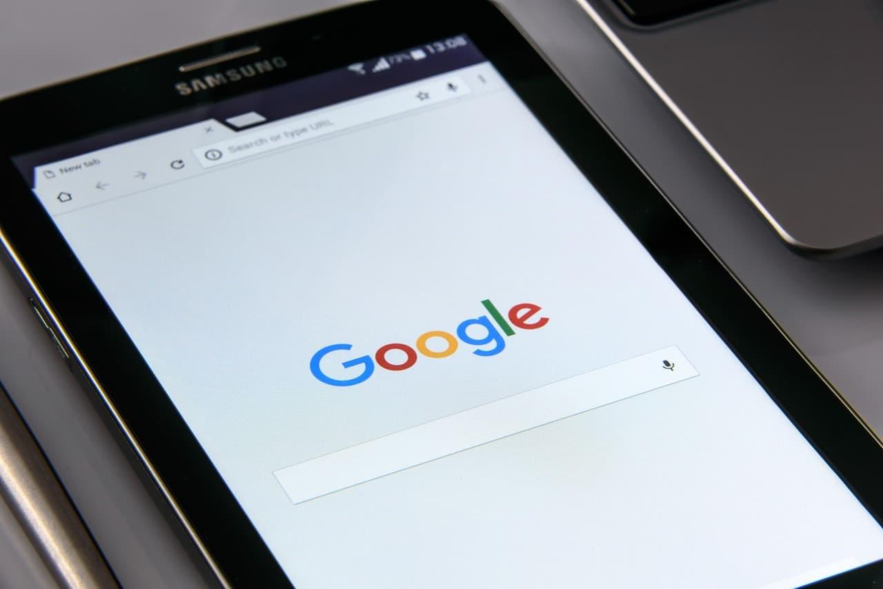 Dr. Google Trust Header Image