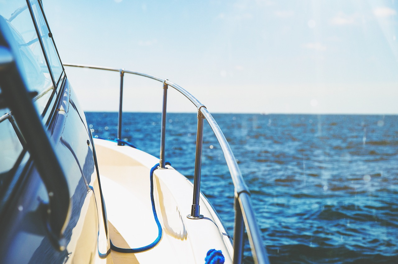 Yacht Safety Tips Header Image