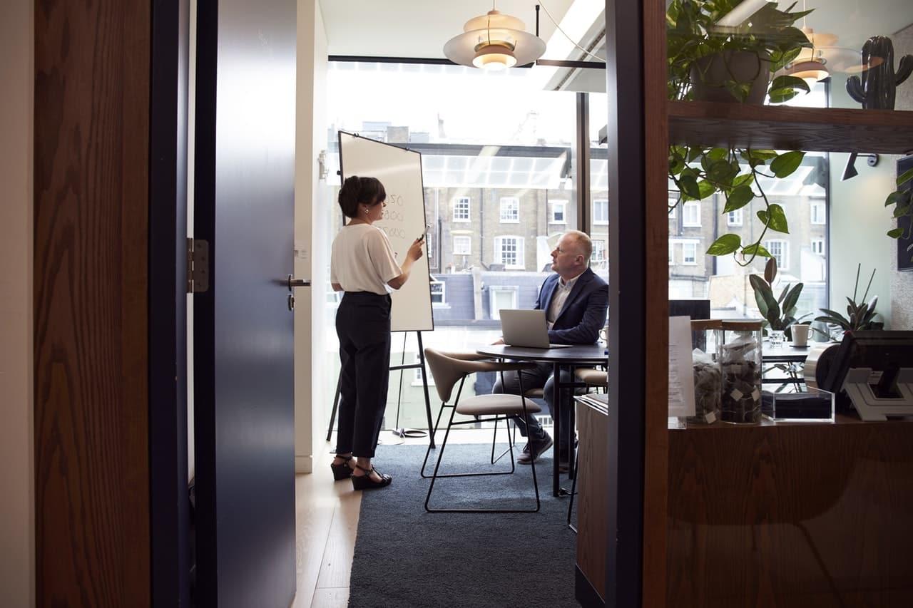 Tips Business Presentation Header Image