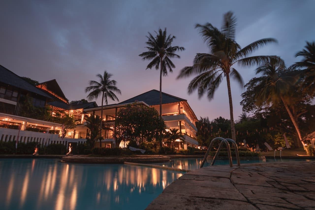Tips Villa Rentals Header Image