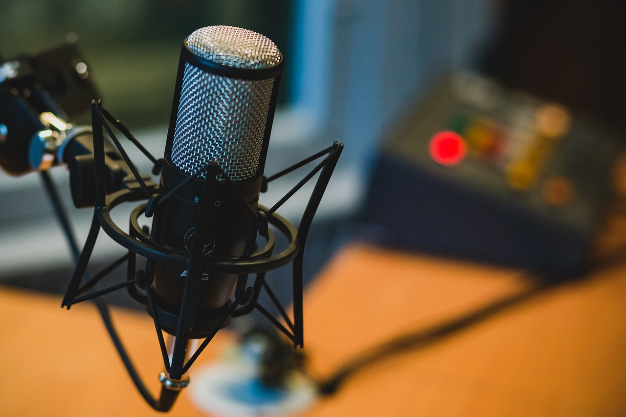 5 Things Podcasting Header Image