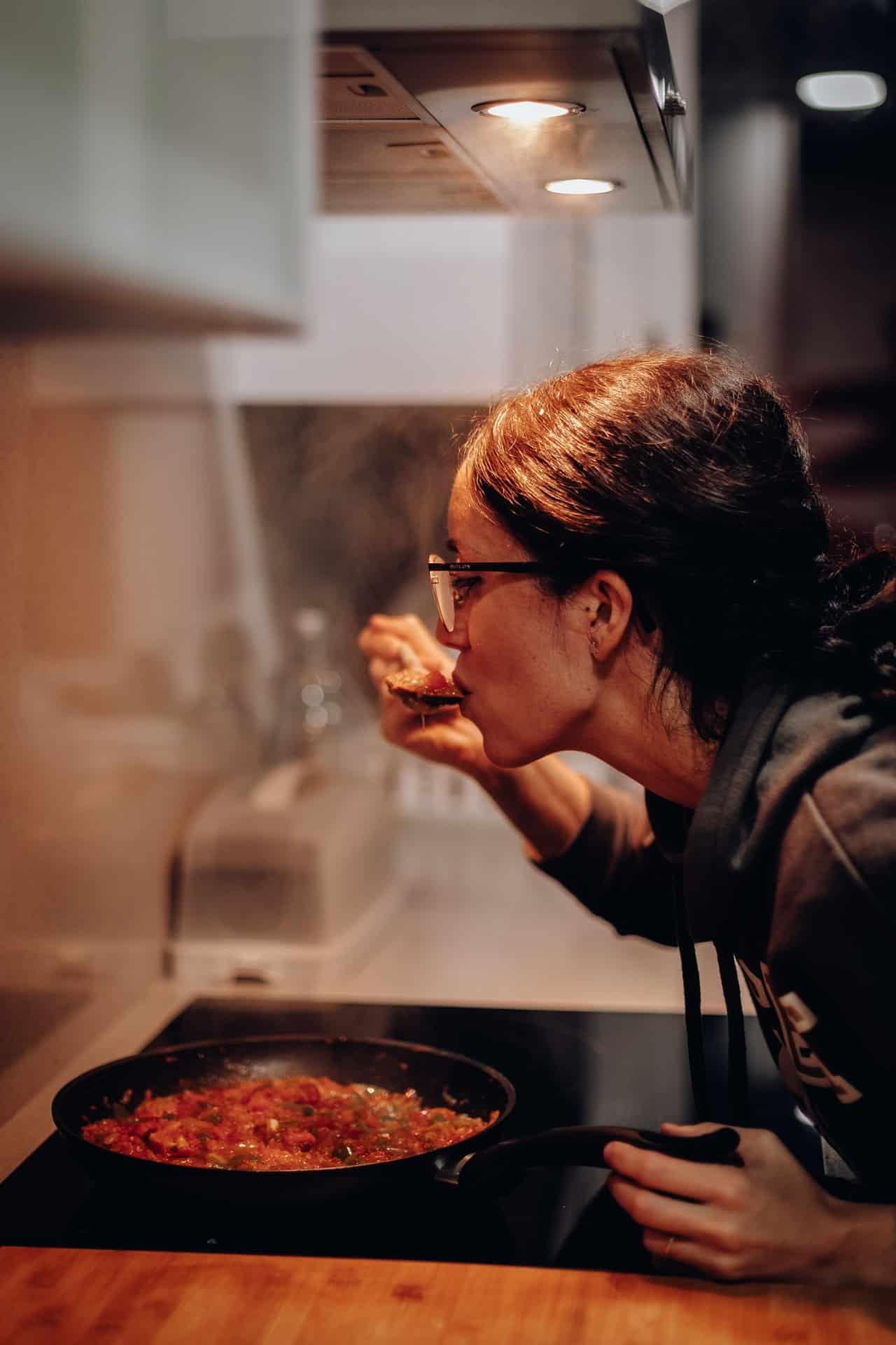 7 Best Kitchen Gadgets Article Image