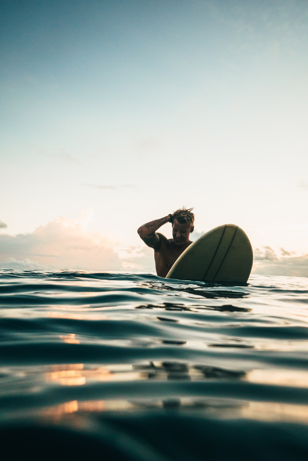 Beginner's Guide Surfboard Article Image