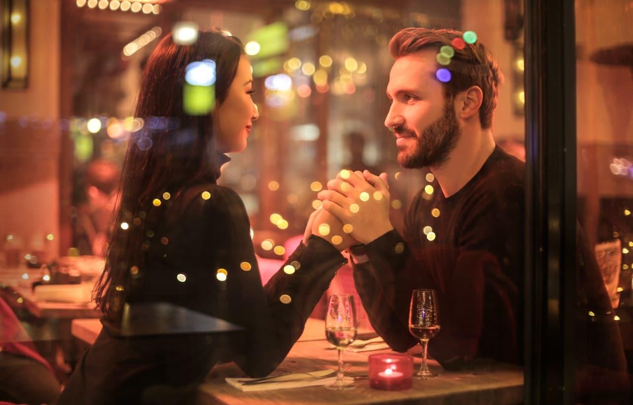 Dating App Development Header Image