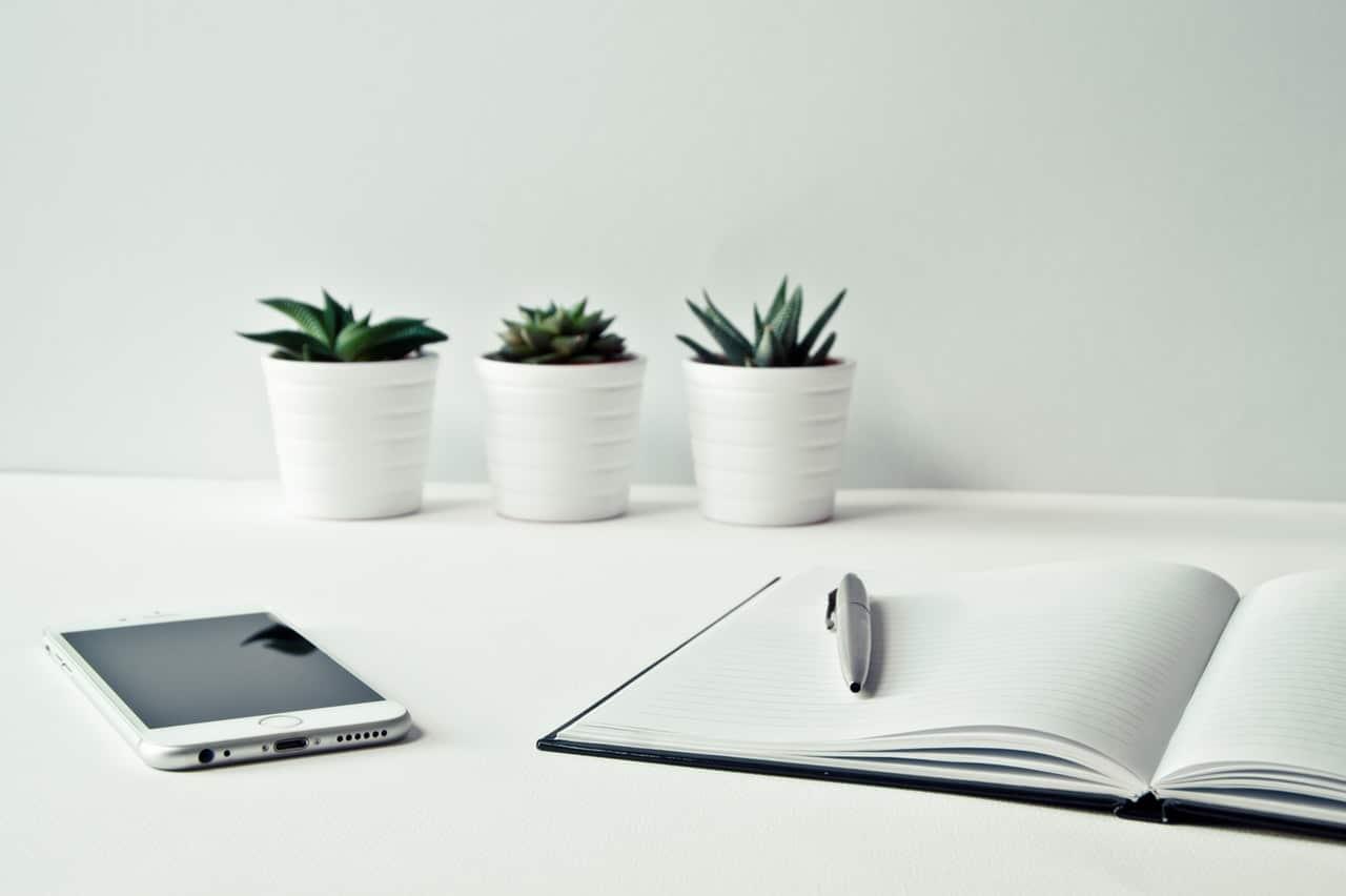 10 Benefits Customer Surveys Header Image