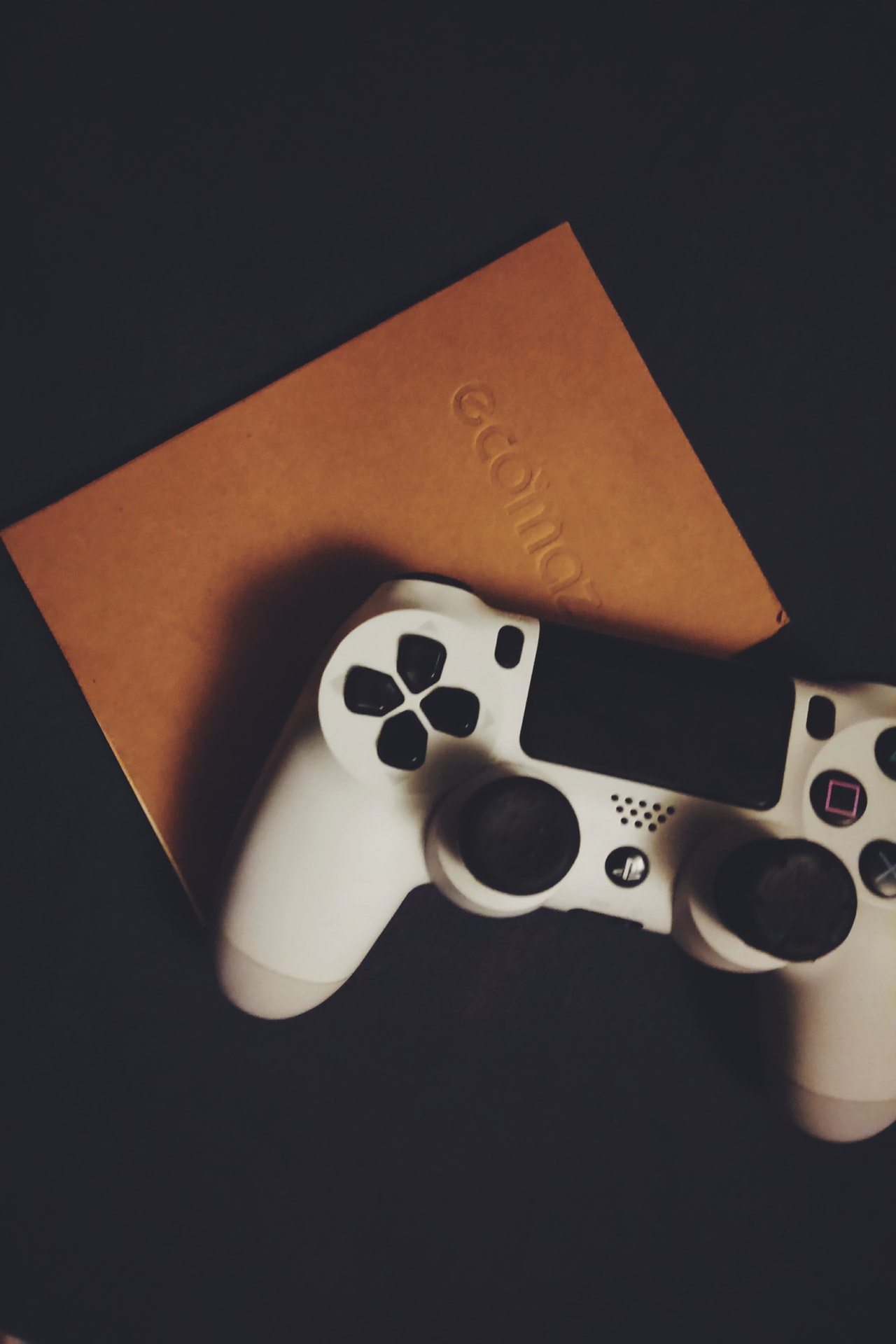How Choose Gaming Console Article Image