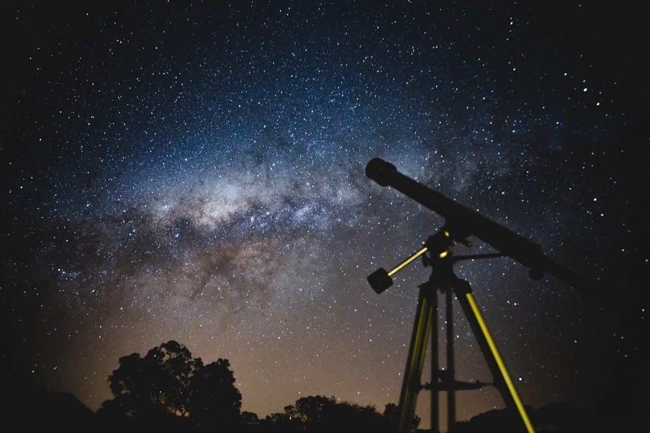 Astronomy Hobby Guide Header Image