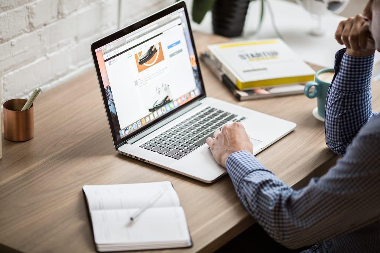 Developer Design Hosting Website Header Image