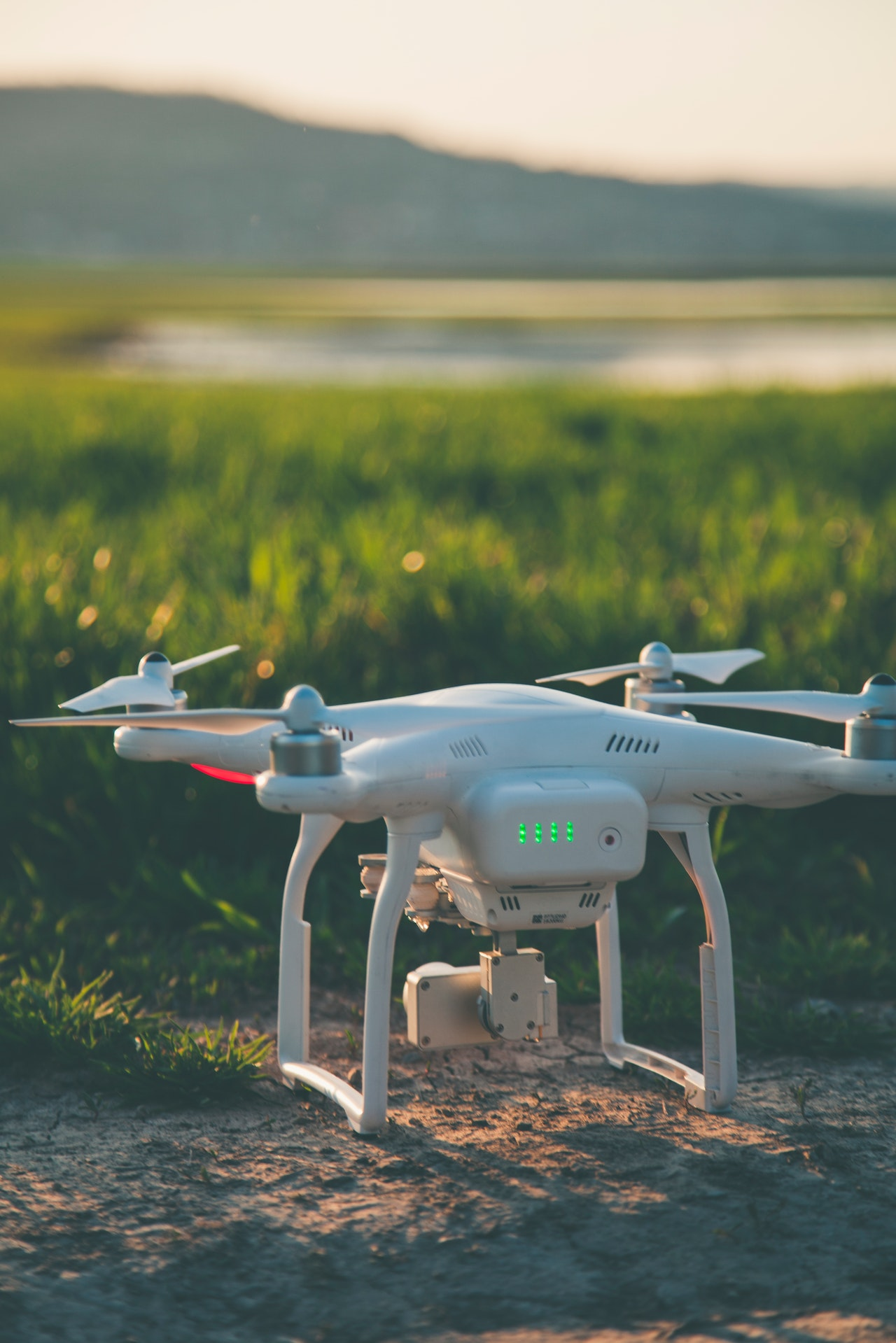 5 Factors Buying Drone Article Image
