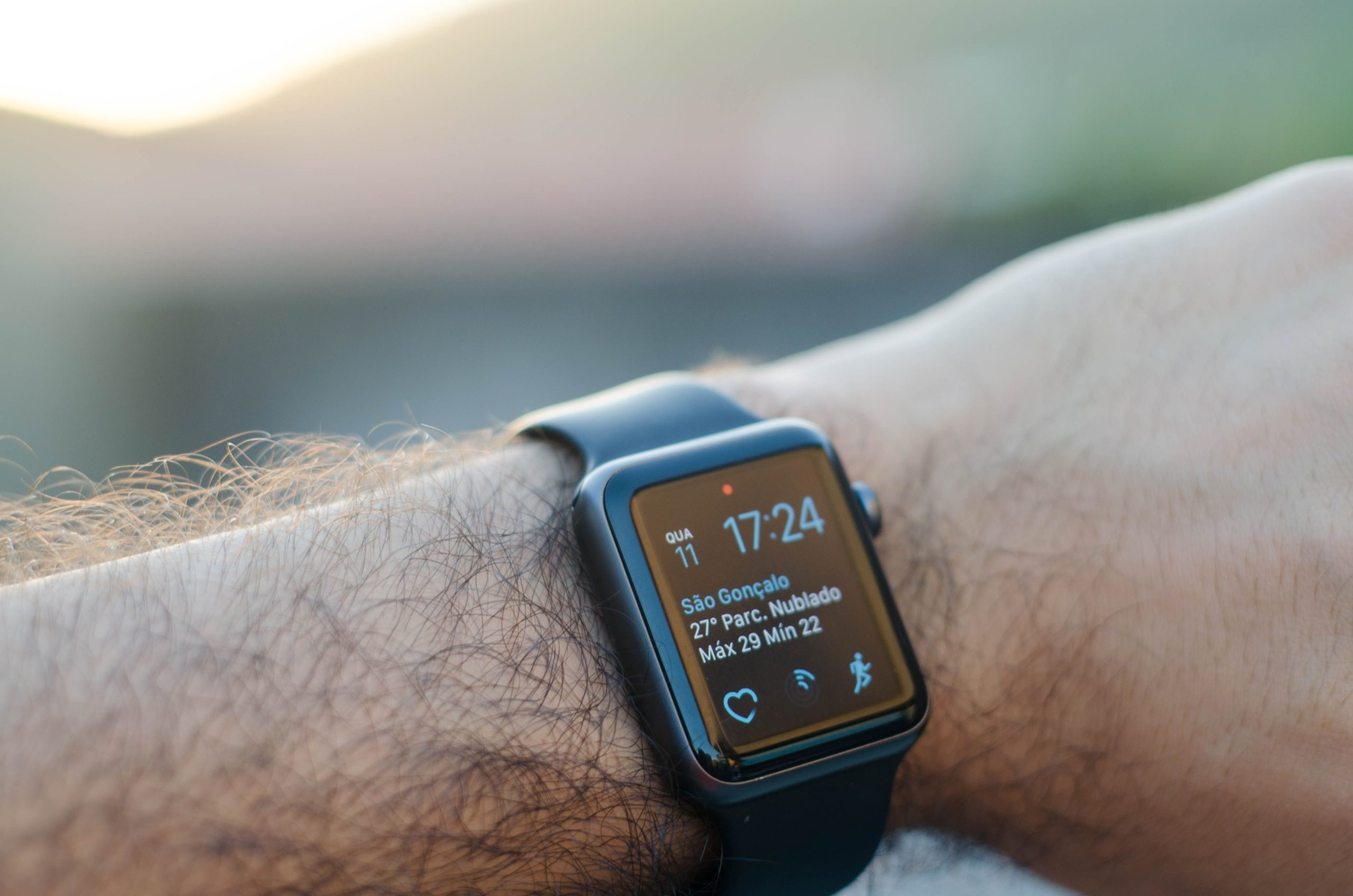 Fitness Coach, Austin Alexander Burridge, Shares Six Benefits Of Wearable Tech