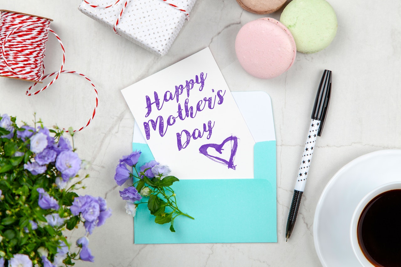 Mother's Day Gifts Header Image