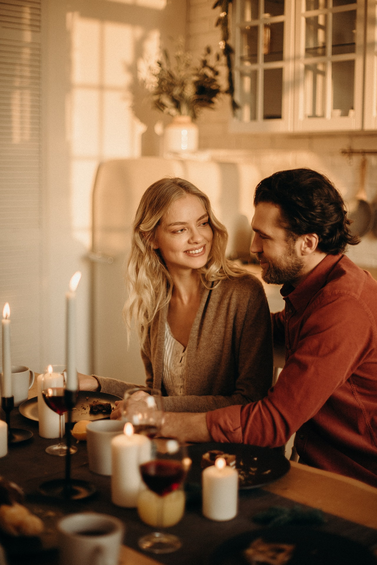 Tips Romantic Date Article Image