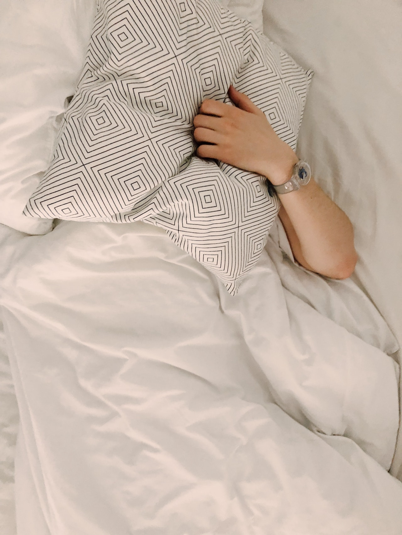 Unusual Fall Asleep Article Image