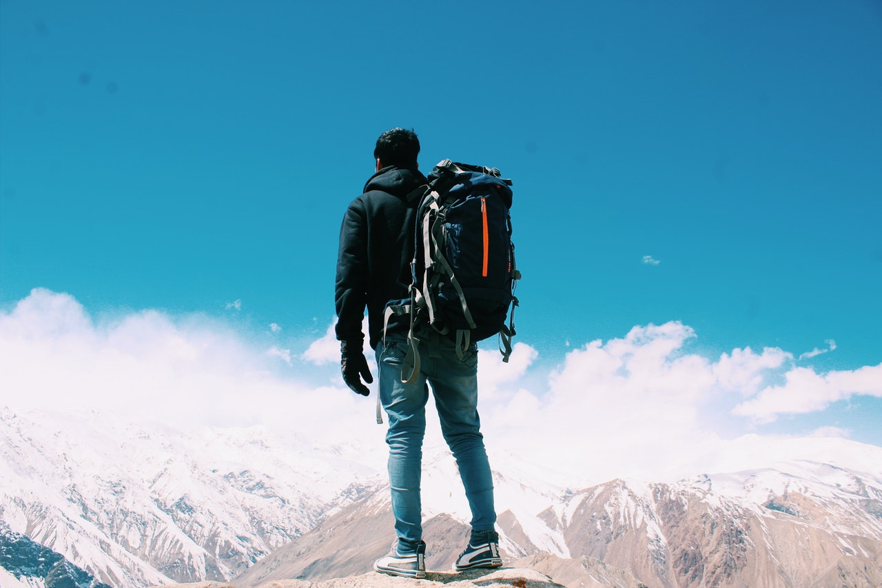 Expert Backpacking Tips Header Image