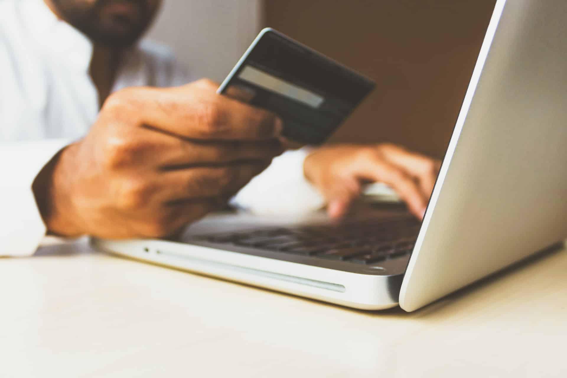 Online Retailers Coronavirus Header Image