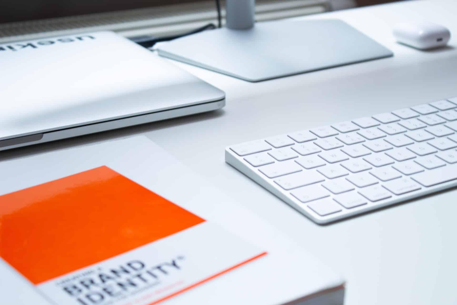 Branding Makes Breaks Business Header Image