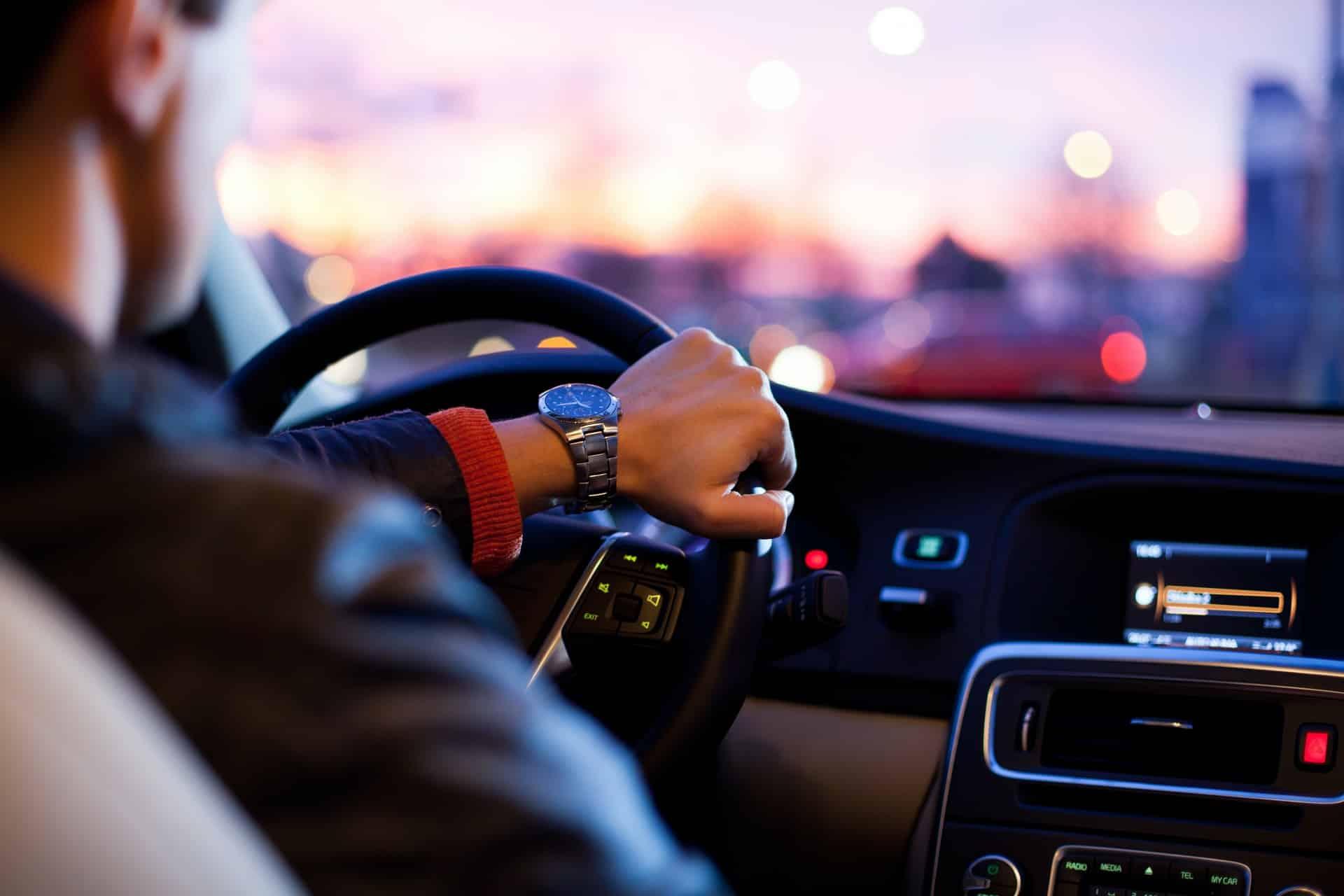 How Rent Car UAE Header Image