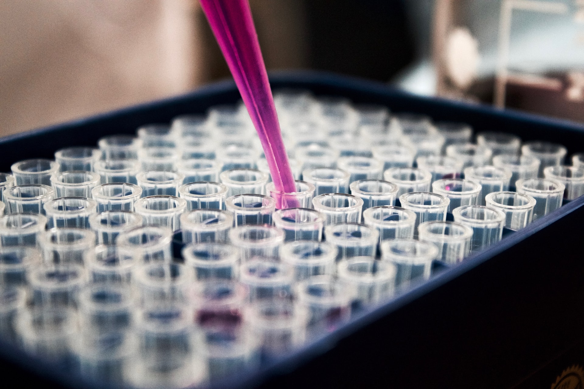 IoT Changed Pharma Industry Header Image