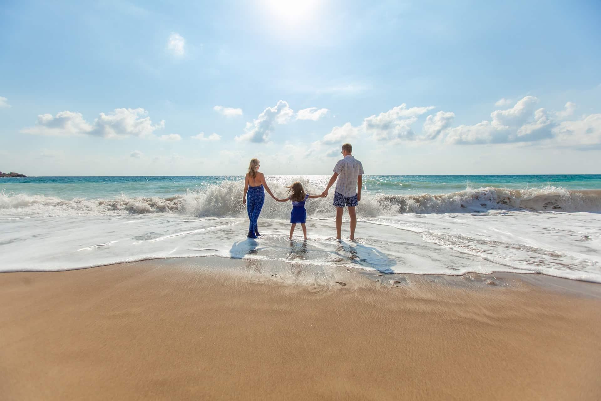 Ultimate Guide Bonding Family Header Image