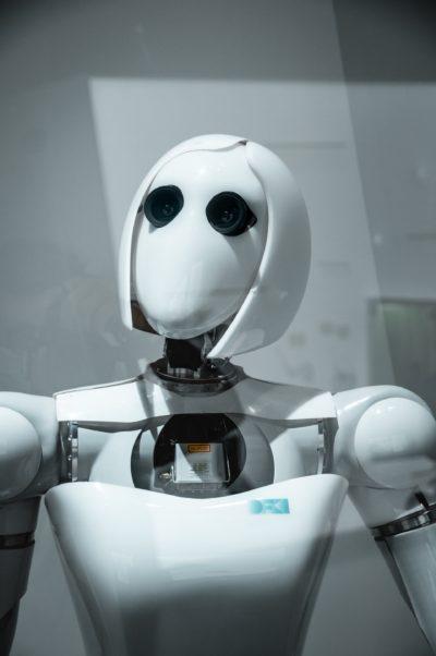 Commercial Robot Help Medical Pandemic Image2