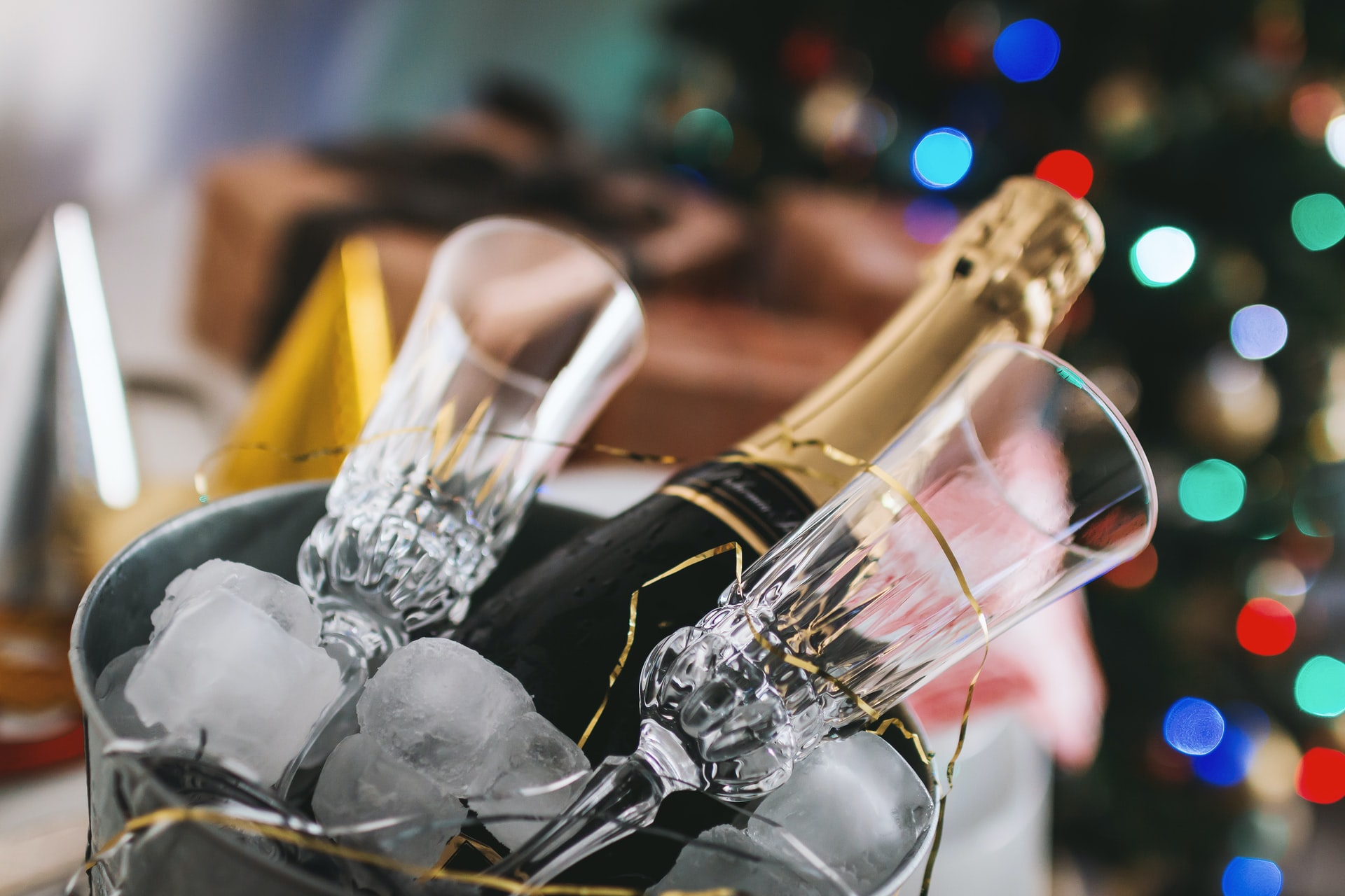 Top Tips For Planning A Corporate Christmas Party | Bit Rebels