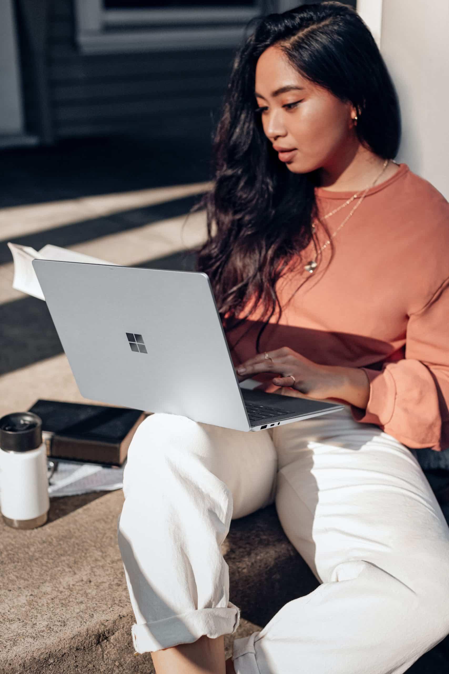 How Offline Store Online Article Image