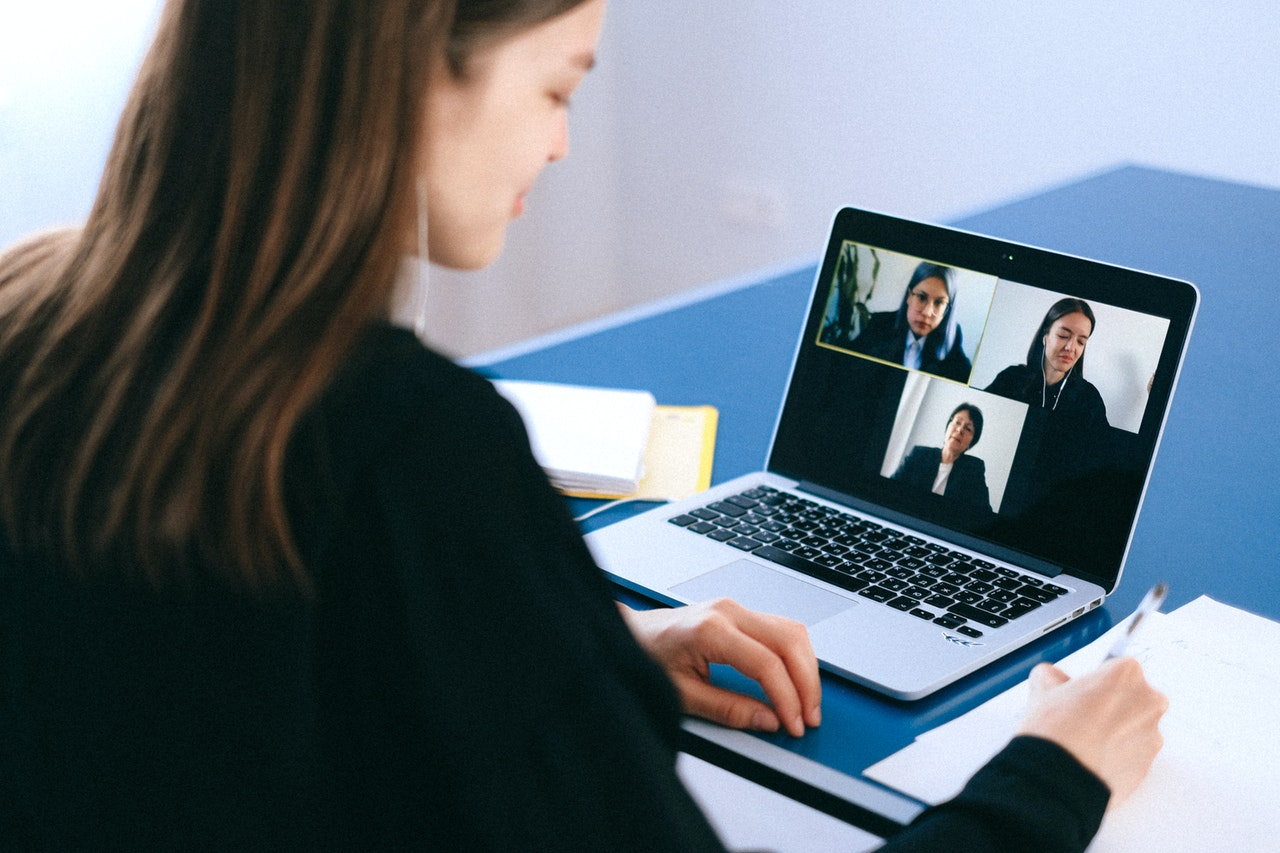 Recruitment Tips Hiring Remote Employees Header Image