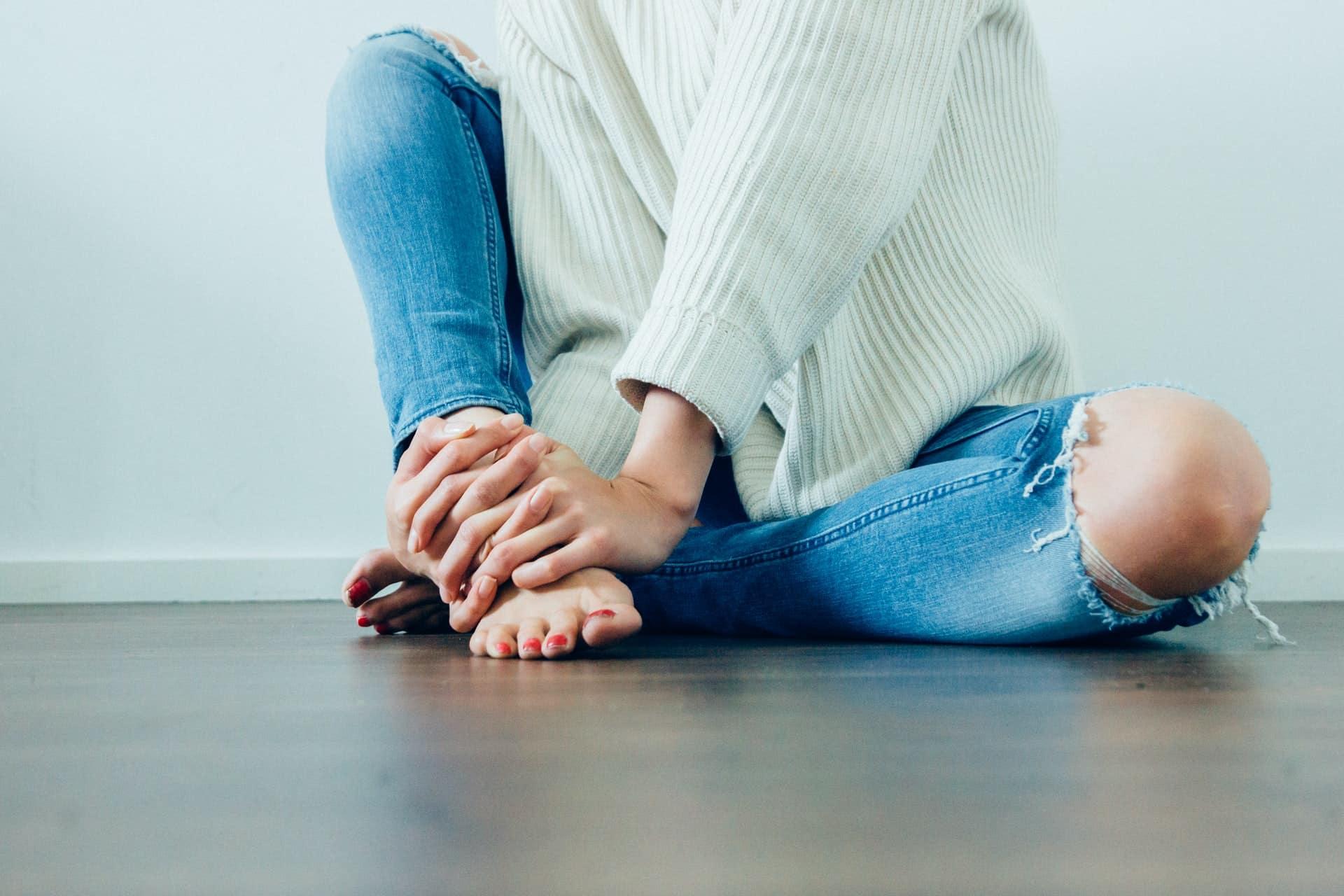 4 Tips Foot Pain Header Image