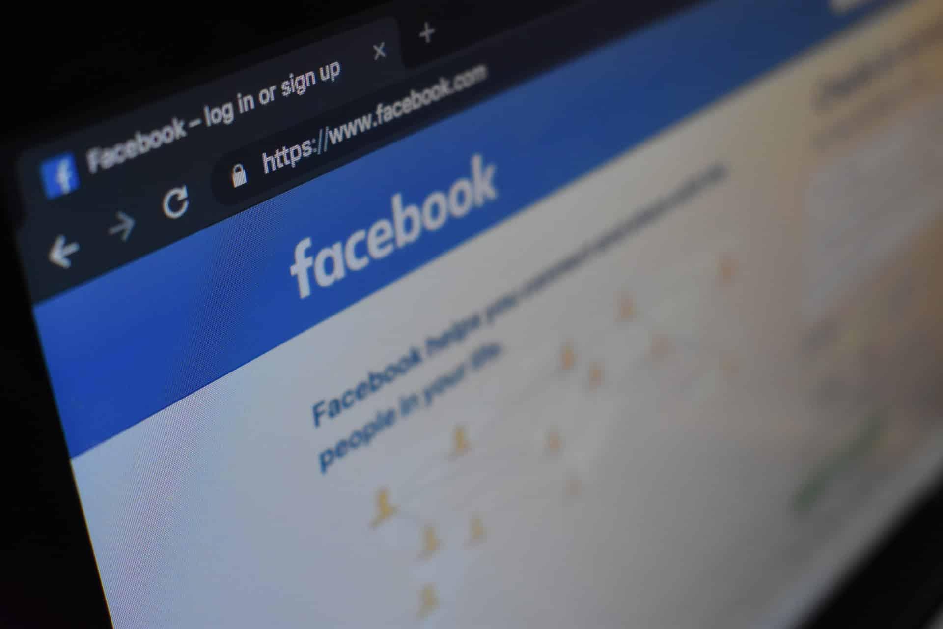 Facebook Ad Examples Header Image