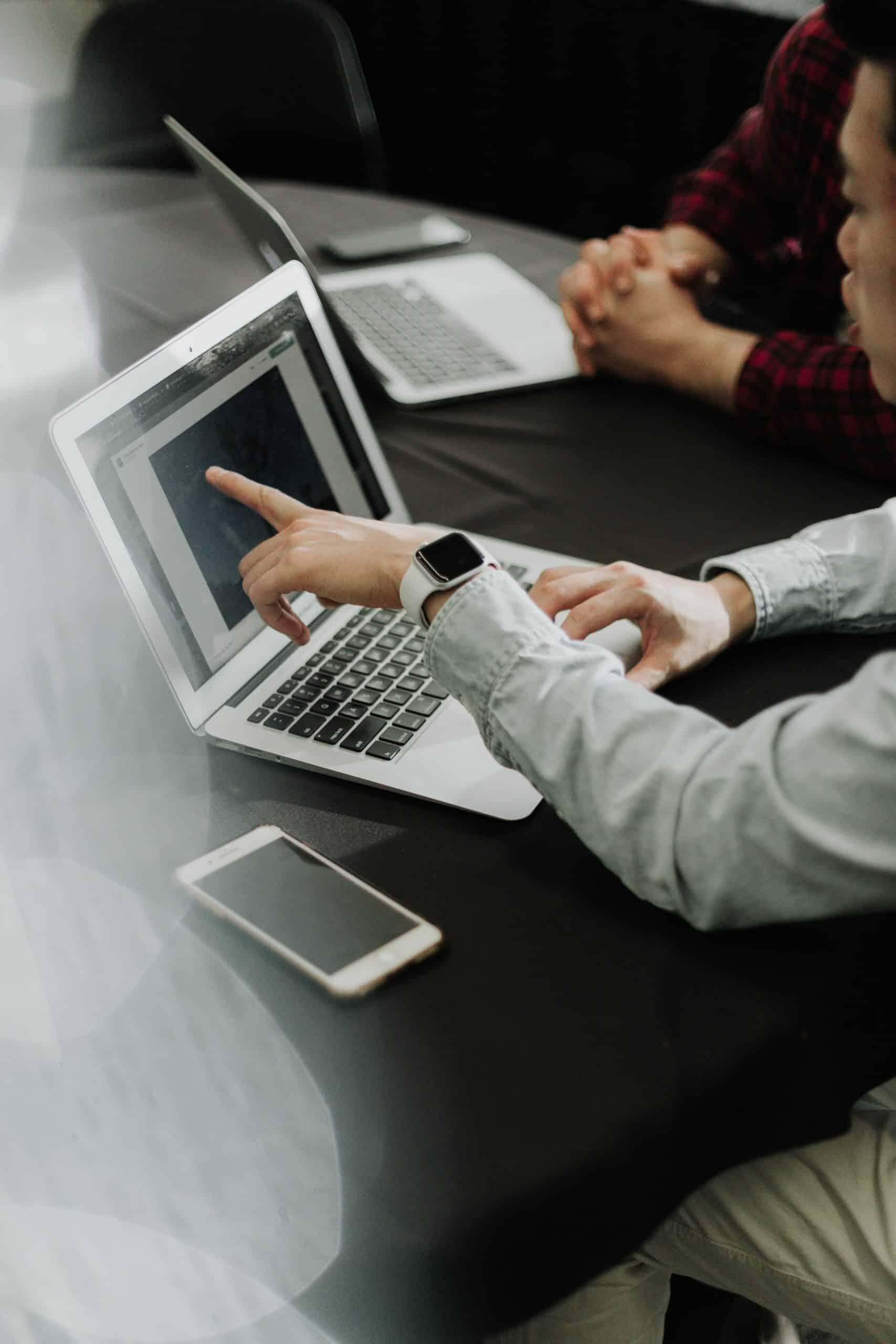 7 Reasons Microsoft Teams Article Image