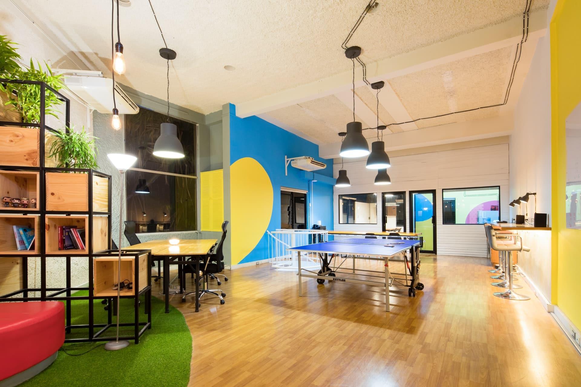 Best Flooring Office Header Image