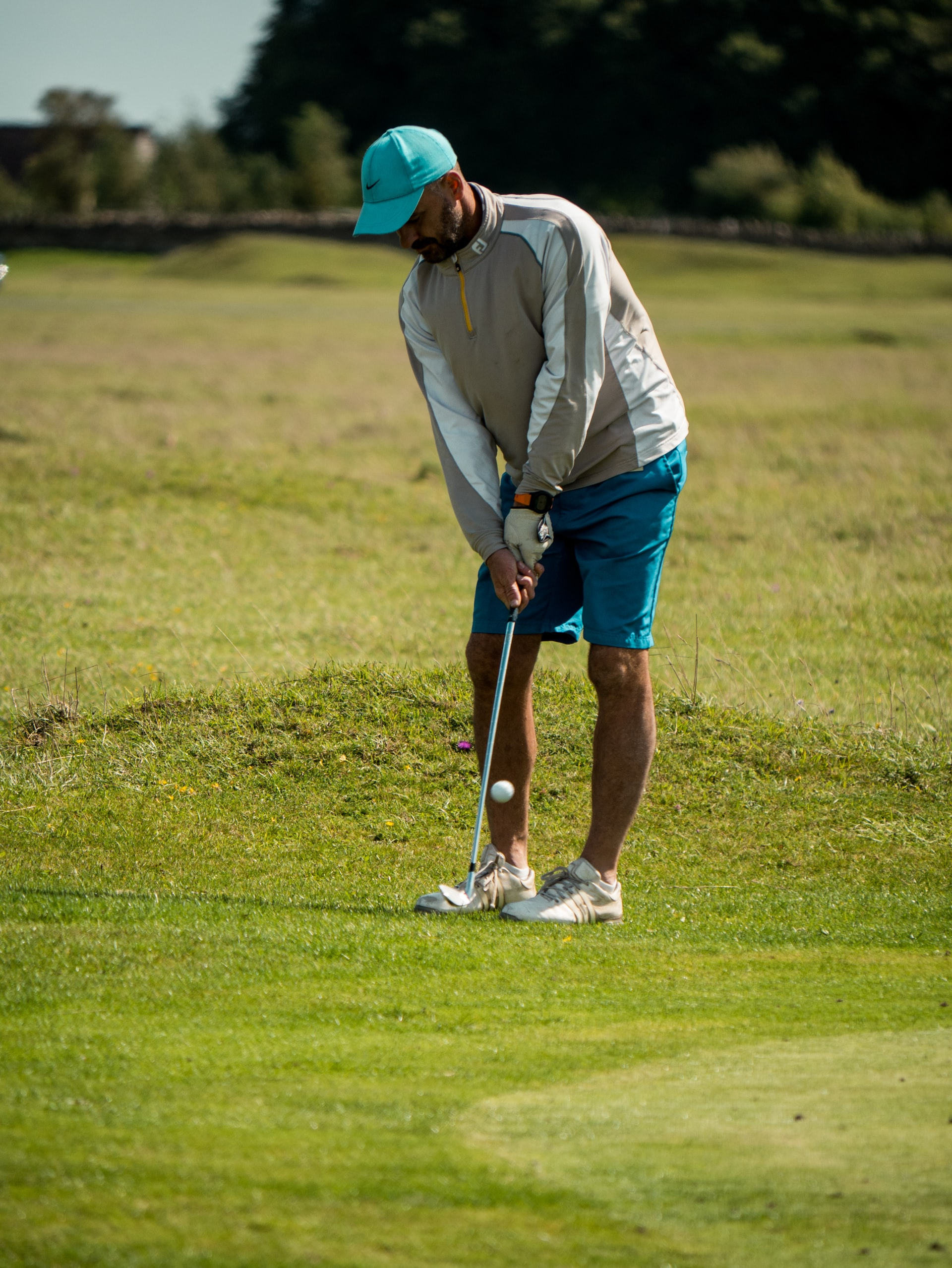Chipping Putting Golf Course Article Image