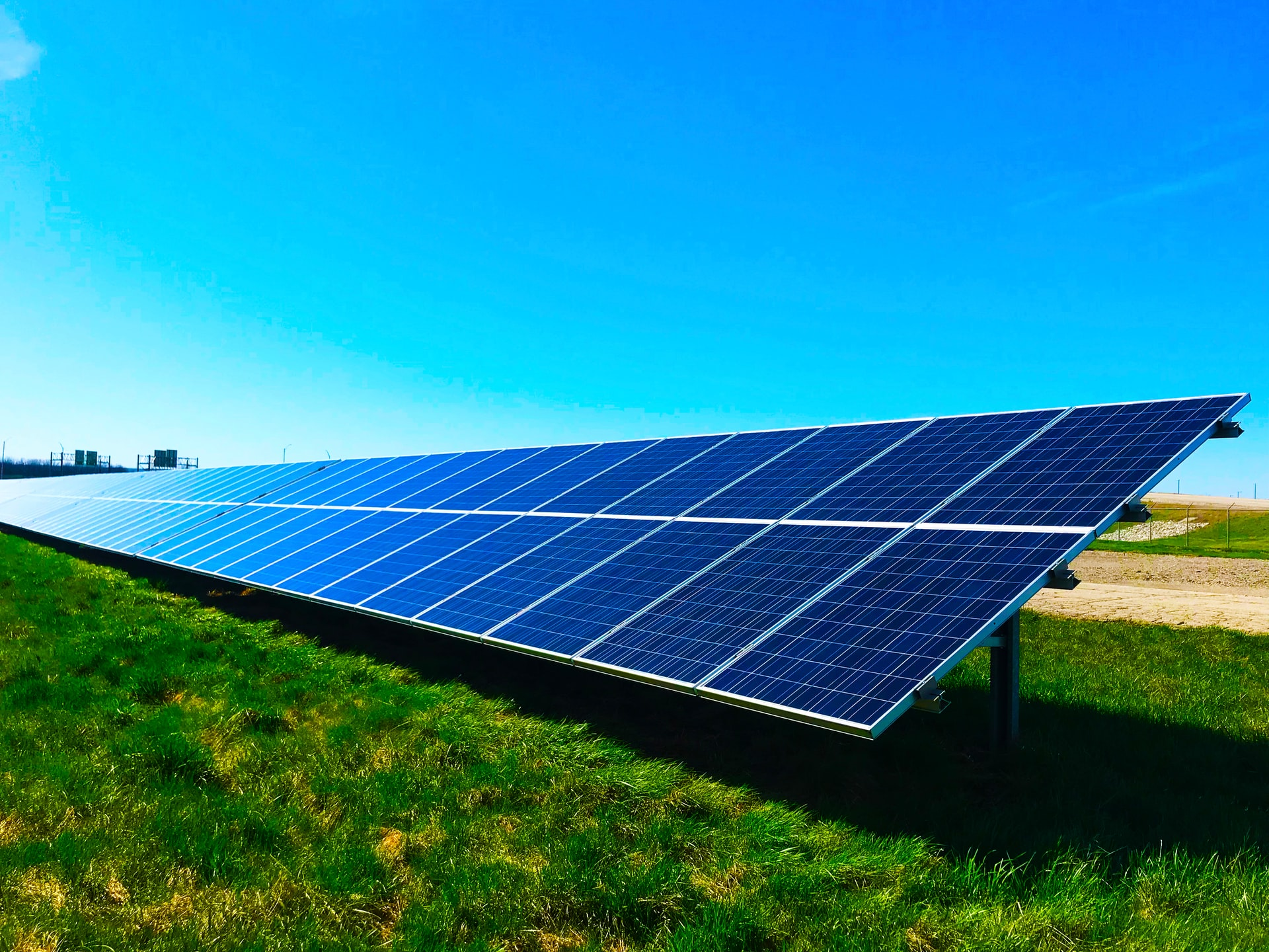 Solar Pile Driver Systems Header Image